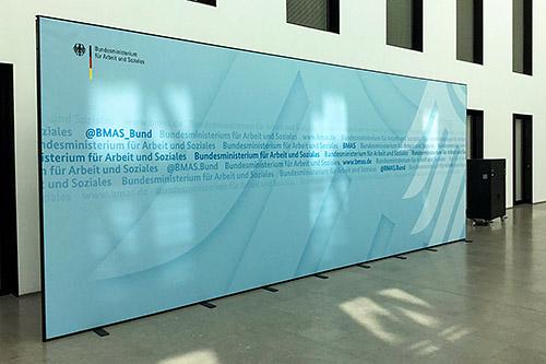 Mobile Messewand Berlin - 8x3 Meter - Bundesministerium für Arbeit und Soziales